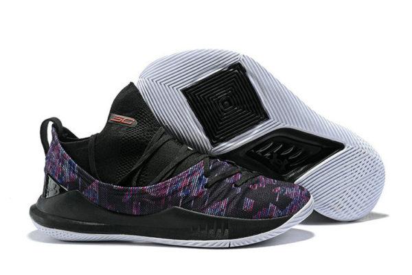 Фиолетовые кроссовки Under Armour