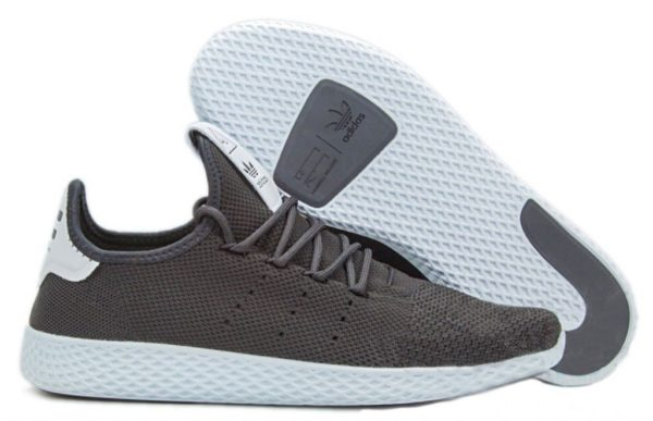 Adidas x Pharrell Williams Tennis Hu черные с белым (40-44)