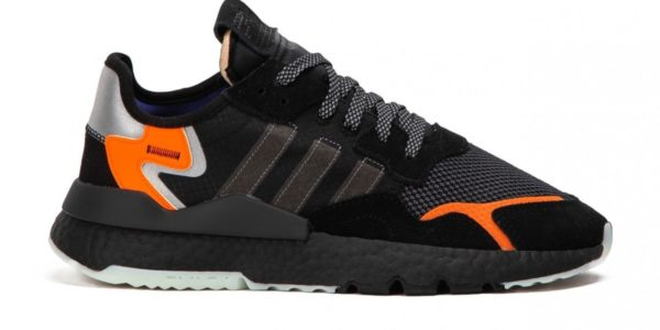 Оранжевые кроссовки Adidas